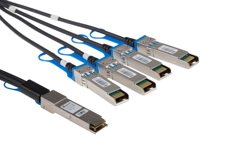 QSFP+ to QSFP+ 40GbE Passive Copper Direct Attach Cable