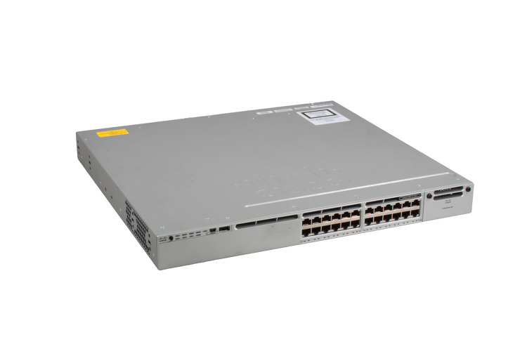 Cisco 3850 Series PoE+ 24 Port Switch, IP Base, WS-C3850-24P-S